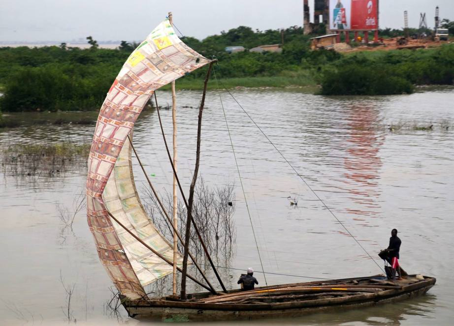 Returning from a fishing trip, Lagos Lagoon, Lagos Nigeria